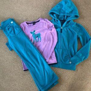 Gap Kids Fleece Sweatshirt Deer Top and Pants 8 10